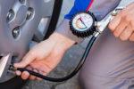 Vorgabe zur Reifendruckkontrolle kann für Autofahrer teuer werden
