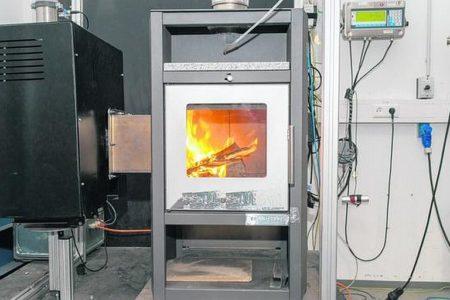 Weniger Feinstaubemissionen bei der Holzverbrennung