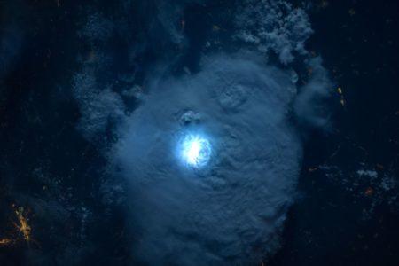 Neue Satelliten für bessere Sturmwarnungen