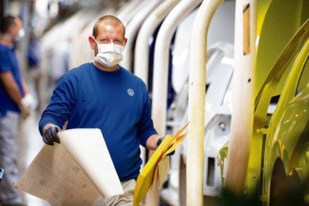 Automobilindustrie: Den Wandel bewältigen