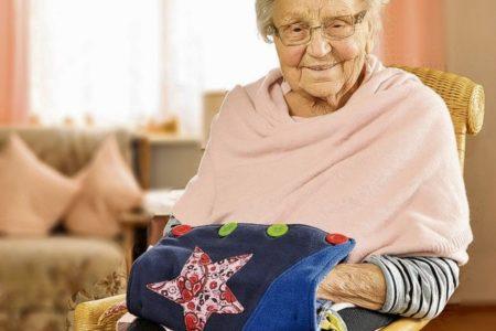 Diese Technik hilft Senioren durch den Alltag
