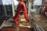 Bitte (nicht) naschen – so produzieren Roboter leckere Pralinen