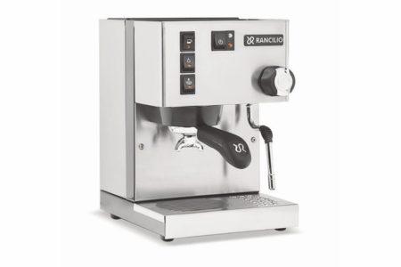 Kaffee und Tee frisch aufgebrüht